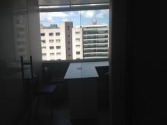 ELEGANTE OFICINA COMPLETAMENTE AMOBLADA, Sector: Av. República del Salvador