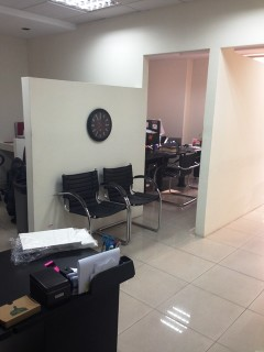 DOMUS arrieda elegante oficina, Av. República del Salvador