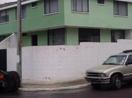 Bonita casa urbanizacion LDU-La Pampa