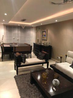 Hermosa casa 3 dormitorios, balcón, patio, 2 bodegas, 2 parqueaderos, Sek